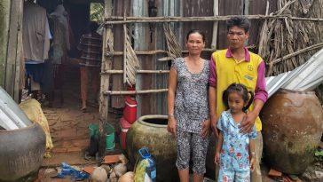 Tiếp sức cho gia cảnh bao đời nghèo khó